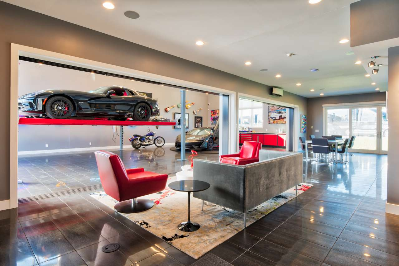 BIR Luxury Garages